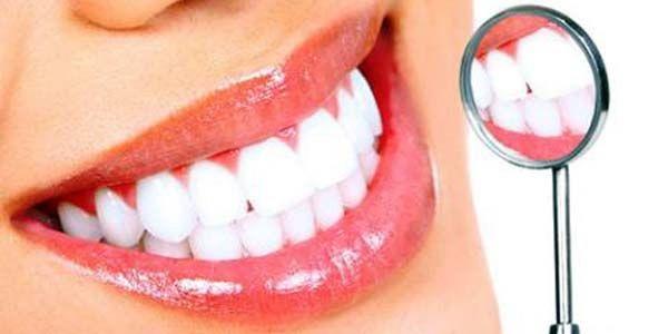 Tips Memutihkan Gigi Secara Alami